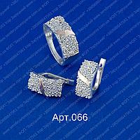 Женский серебряный гарнитур арт.066 с напайками золота 375 и белыми фианитами