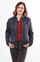 Женская легкая куртка стеганная