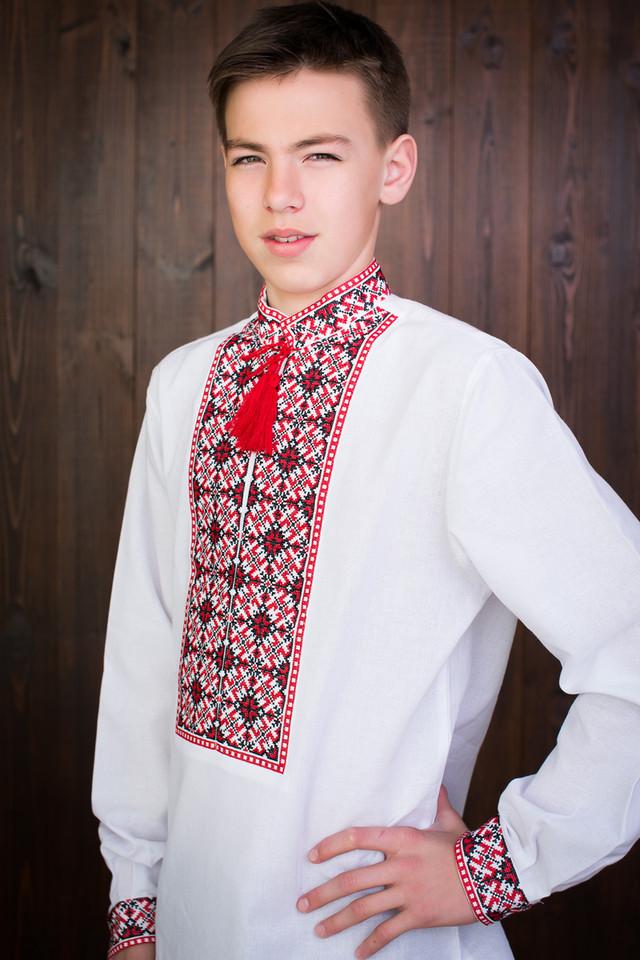 """Подростковая вышиванка на мальчика """"Кирил"""""""