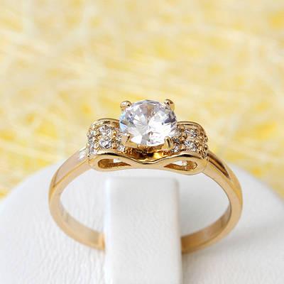 002-2640 - Позолоченное кольцо с прозрачными фианитами, 17 р