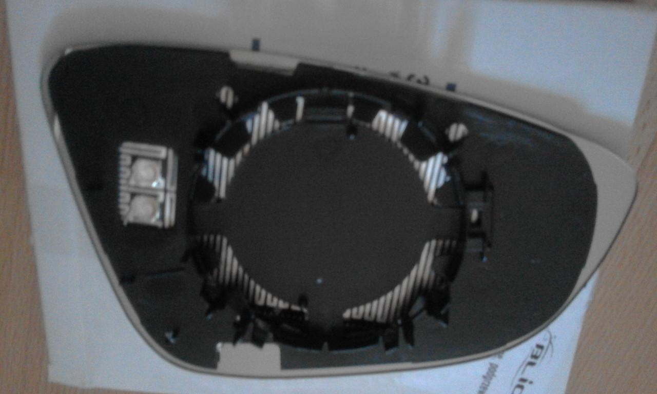 Зеркальный элемент VW Passat B7 2011-2015 Lh