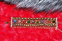 Женский браслет с цветными стразами