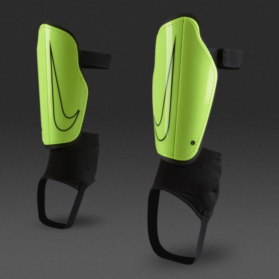 Детские футбольные щитки Nike Youth Charge 2.0