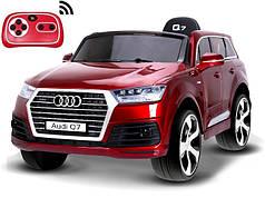 Детский электромобиль Audi Q7 бордовый лак, кожа, 2 мотора по 45 ватт
