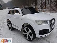 Детский электромобиль Audi Q7 белый лак, кожа, 2 мотора по 45 ватт, фото 3