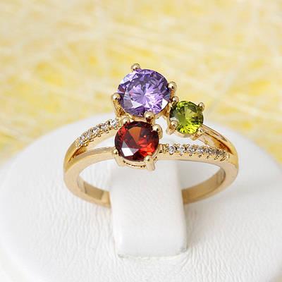 R1-2681 - Позолоченное кольцо с яркими цветными и прозрачными фианитами,  17, 17.5, 18, 18.5 р