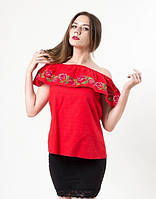Яркая летняя блуза с вышывкой