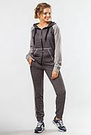 Женский спортивный костюм Комфорт с кофтой на молнии черно-серый