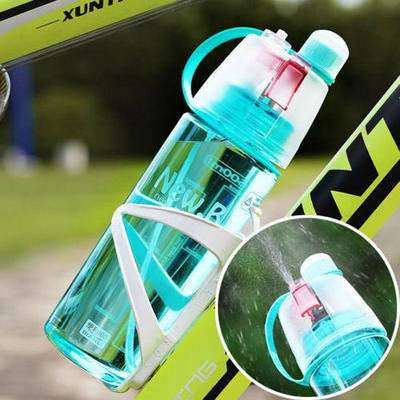Пляшки для води і спорту