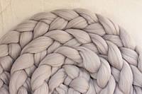 Коса из шерсти для фотосессии (светло-серый)