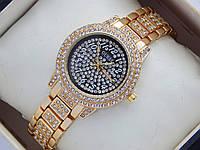 Женские кварцевые наручные часы Guess в стразах - черный циферблат