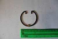 Кольцо стопорное поршневого пальца 7511-1004022