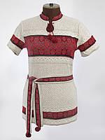 Женская вязаная вышиванка с коротким рукавом и красным орнаментом