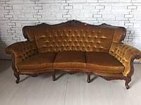 Итальянский диван в стиле рококо