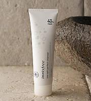 Пенка-скраб для глубокого очищения кожи Innisfree Sea Salt Perfect Cleanser