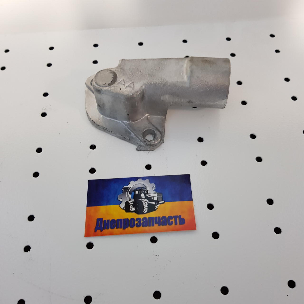Патрубок водяного насоса ЮМЗ, Д65