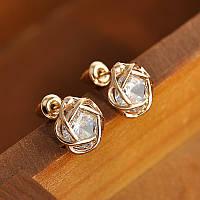Серьги-гвоздики с крупными камнями