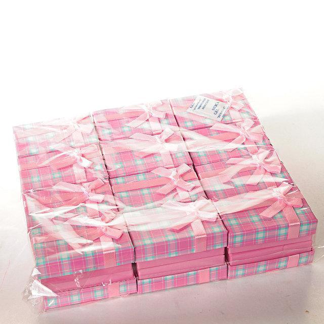 Подарочная коробочка серег и колец Клетка розовая 8х5х3 см