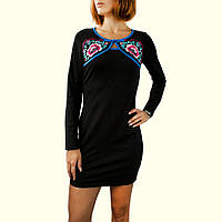 Трикотажное короткое платье черное