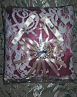 Свадебная подушка под кольца № 2 (бордовая)