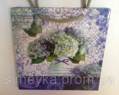 Пакет подарочный бумажный глянцевый, 16*16*7 см