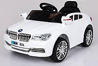 Эл-мобиль T-7612 WHITE легковая на р.у. 26V4.5AH мотор 225W с MP3 935845 ш.к.