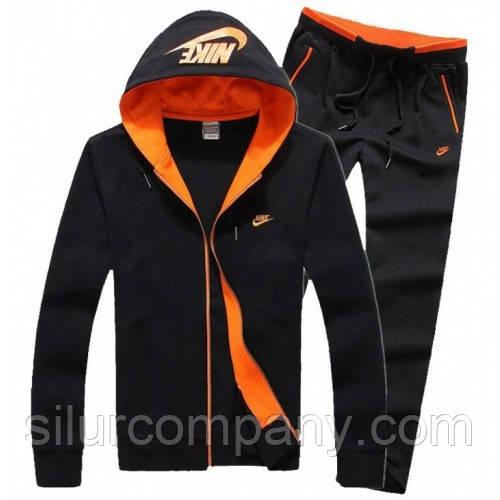 8c8bbb70 В онлайн каталоге вы найдете спортивные костюмы для мужчин на любой возраст  и размер. Для удобного выбора каждый товар сопровождается размерной сеткой .