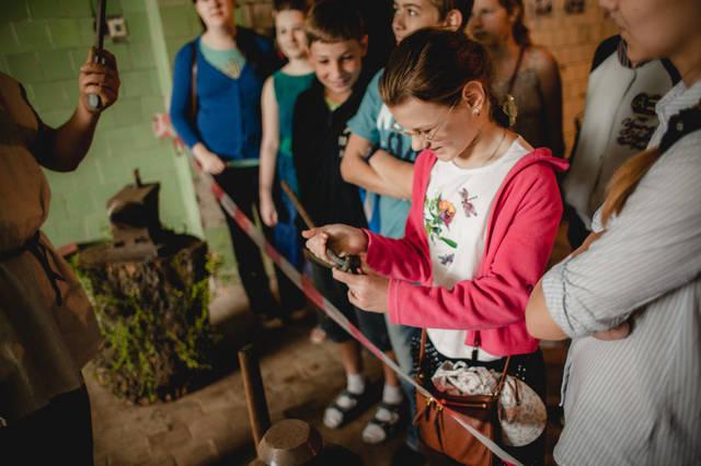 Экскурсия для детей в кузнечную мастерскую. 13