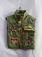 Жилетка для мальчика 6-8 лет, зеленая