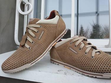 Летняя мужская обувь из натуральной кожи.