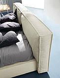 Современная кровать с мягким изголовьем и декоративным кантом FLANN фабрика Ditre Italia, фото 4