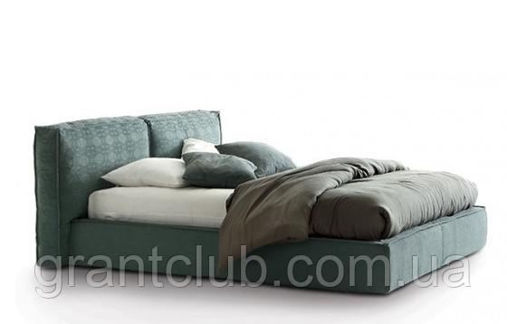 Современная кровать с мягким изголовьем и декоративным кантом FLANN фабрика Ditre Italia