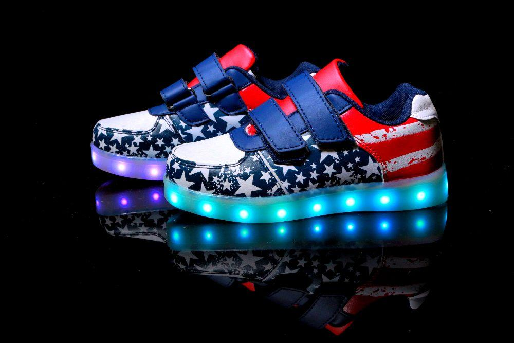 6d3bca2ca5dcf0 American Kids Step, Американский флаг светящиеся кроссовки LED (USB  подзарядка), размер 25,26 (LK 1009)