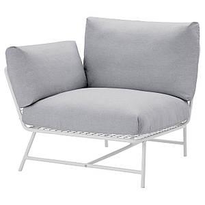 Кресло угловое с подушками белое / серое
