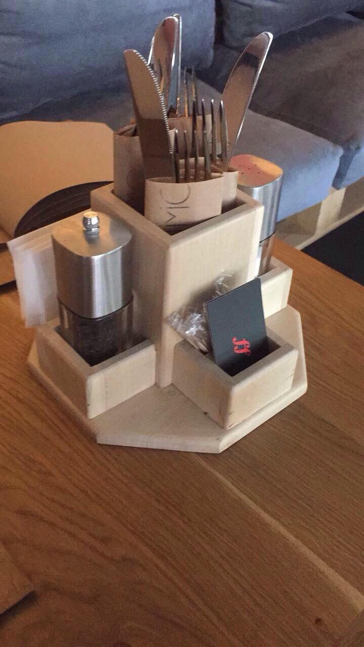 Подставка-органайзер из дерева для специй