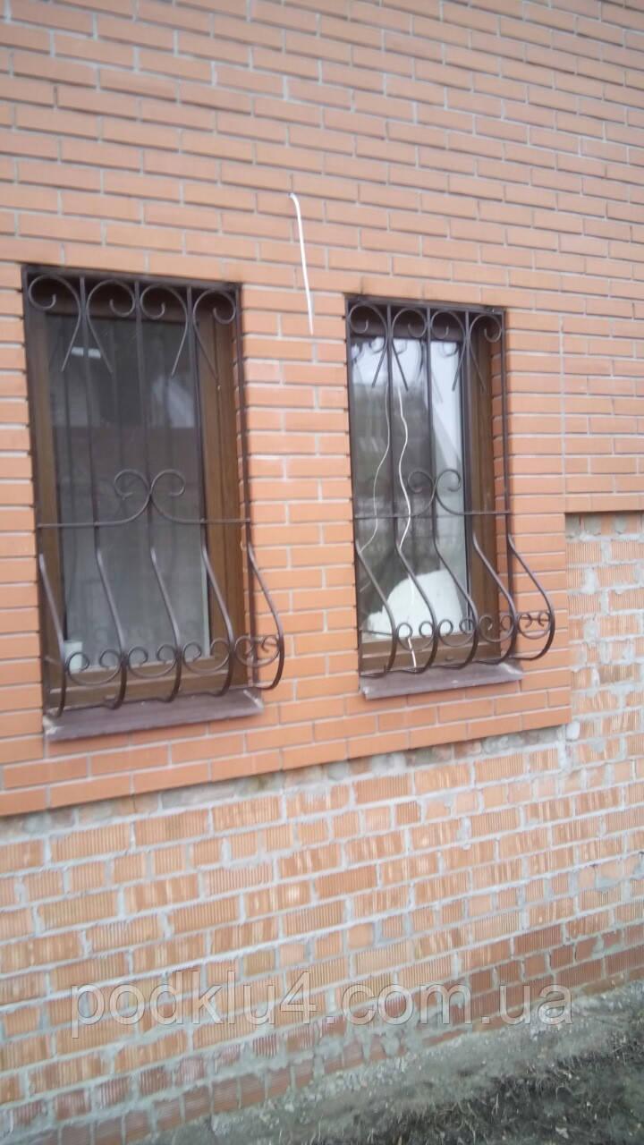 Грати віконні декоративні зі збільшеним нижнім радіусом