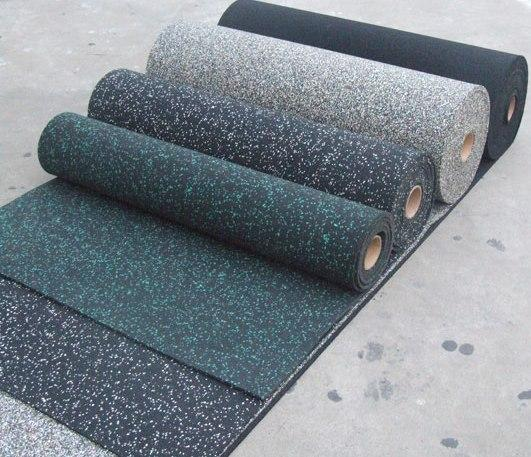 Резиновый коврик 1500х700х10 серая