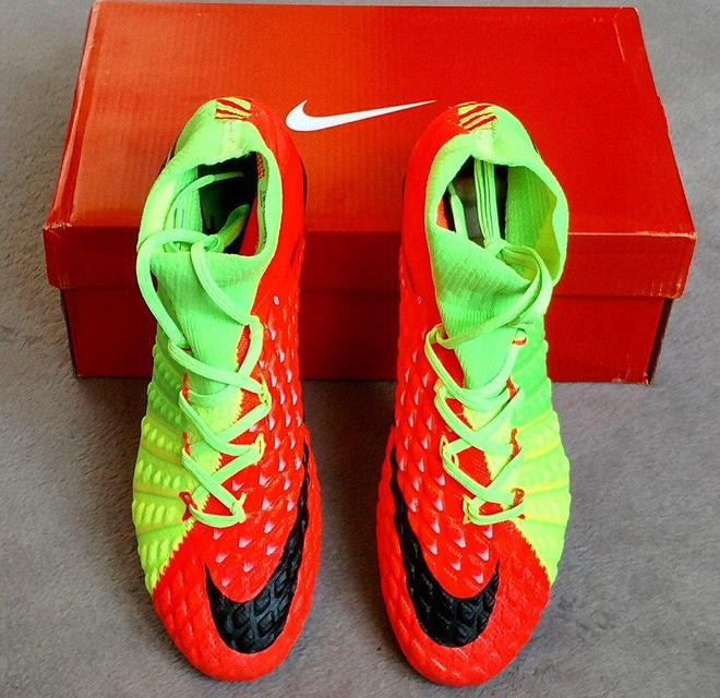 Бутсы Nike Hypervenom Phantom III FG Electric Green  реплика