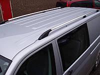 Рейлинги на крышу с пластиковыми креплениями Volkswagen T-5 Transporter/ Caravelle/ Multivan 2004- КОРОТКАЯ БАЗА цвет под хром (полированный алюминий)