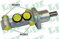 Циліндр гальмівний головний Passat (LPR 1835)
