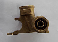 Муфта угловая с трубодержателем DX 20х1/2'' Valsir 2.5 (Италия)