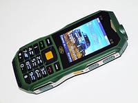 """Мобильный телефон Land Rover S16 (2 SIM) 2,4"""" 0,3 Мп зеленый green (без ламп) Гарантия!"""