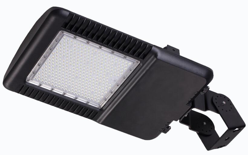 Внутренний светодиодный прожектор для цеха LED-WIT - 110 Вт, 14300 Лм