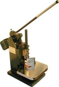 Закруглитель углов CJ-60 ручной, радиус 10 мм., 6 мм., 5 мм., 3 мм., толщина 50 мм.