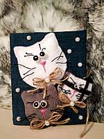 Поздравительная открытка Веселые котики