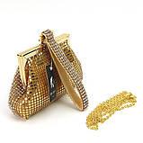 Женский золотистый вечерний клатч-кошелек Rose Heart 99126 со стразами из камней на цепочке, фото 2