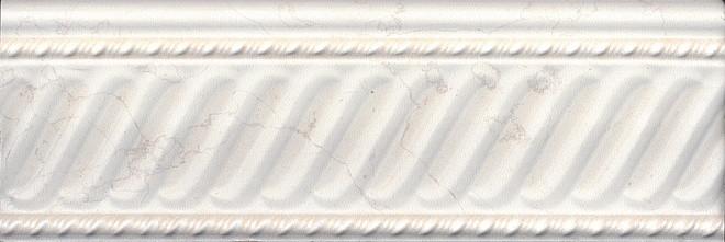Плинтус керамический KERAMA MARAZZI 30x10 Белгравия светлый обрезной (BBA001R)