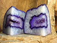 Подставка агатовая, декоративная. Цвет фиолетовый.