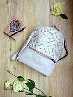 Светло-серый женский мини-рюкзак с заклепками, материал - кожзам