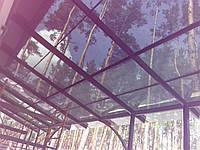 Прозрачный навес с монолитным поликарбонатом